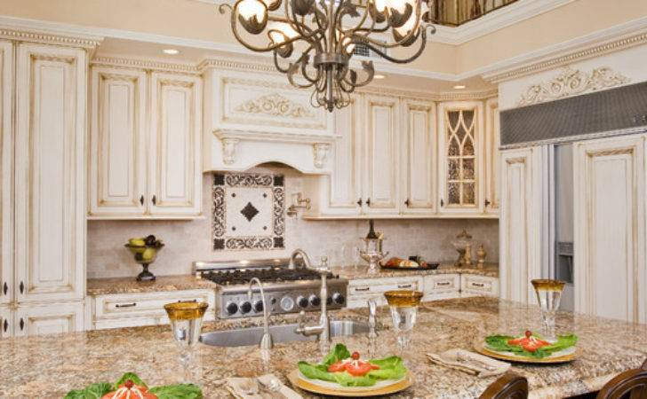 Attractive Traditional Kitchen Lighting Ideas