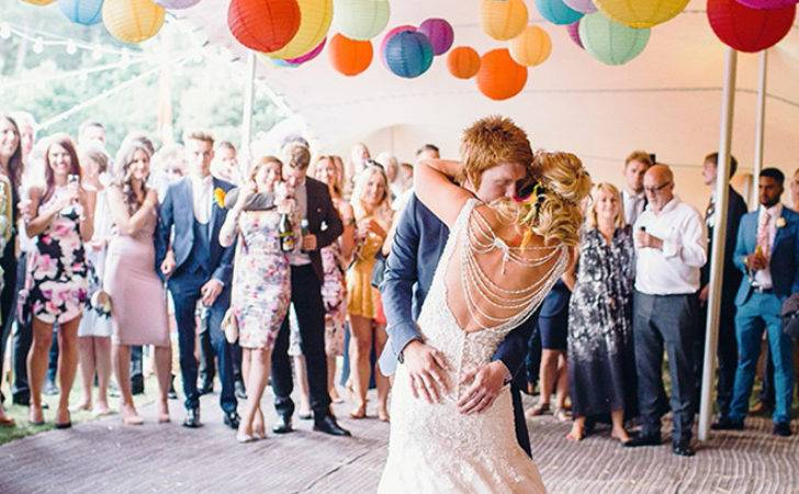 Awesome Ideas Make Your Wedding Tent Shine
