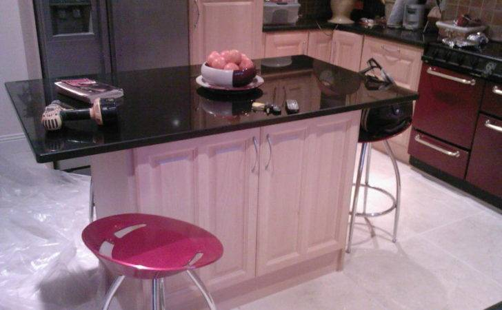 Awesome Pink Kitchen Designs
