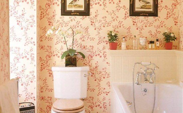 Bathroom Red Patterned Tongue Groove