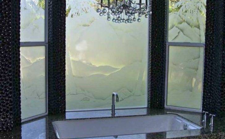 Bathroom Windows Frosted Glass