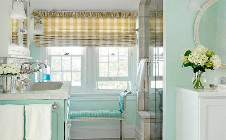 Beachy Cottage Bathroom Makeover