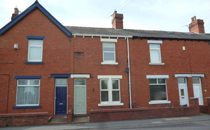 Bed Terraced House Rent Kingstown Road