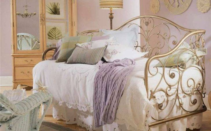 Bedroom Glamor Ideas Vintage Retro Style