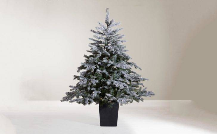 Best Artificial Christmas Trees Have Hassle