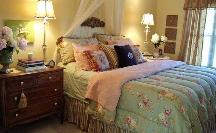 Bloombety Cottage Style Master Bedroom Decorating Ideas