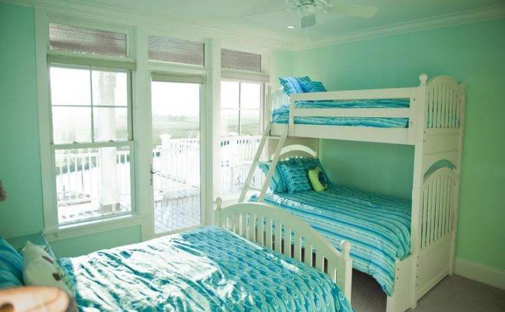 Bloombety Decorating Twin Bedroom Mint Green