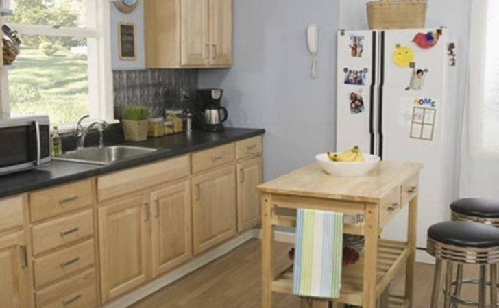 Brilliant Photographs Kitchens Small Spaces