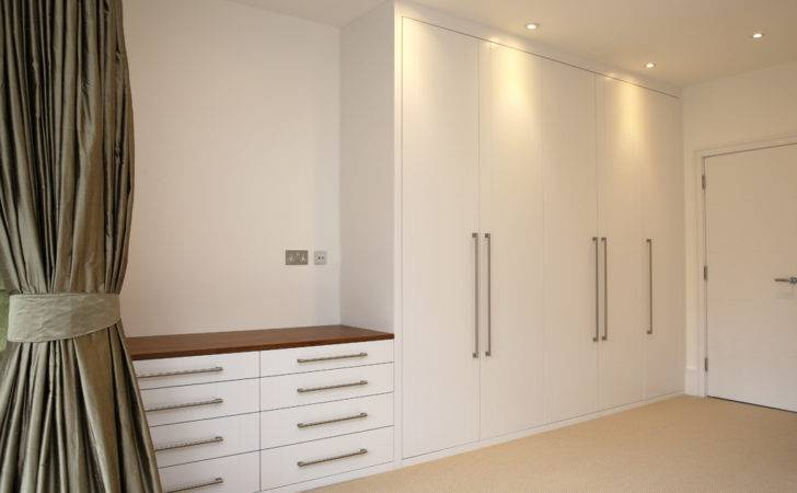 Built Fitted Corner Wardrobe Classic Traditional Bedroom