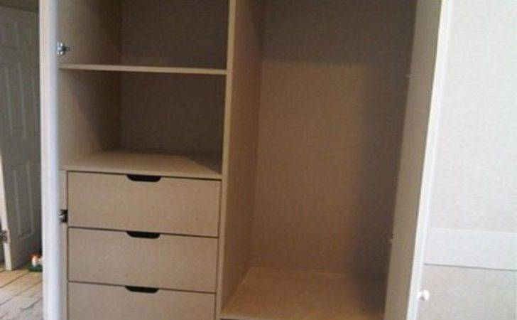 Built Wardrobe Hanging Rail Fitted
