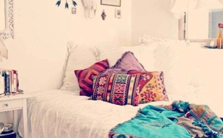 Charming Boho Chic Bedroom Decorating Ideas Amazing