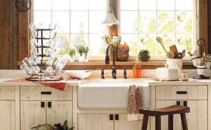 Charming Country Kitchen Content Cottage
