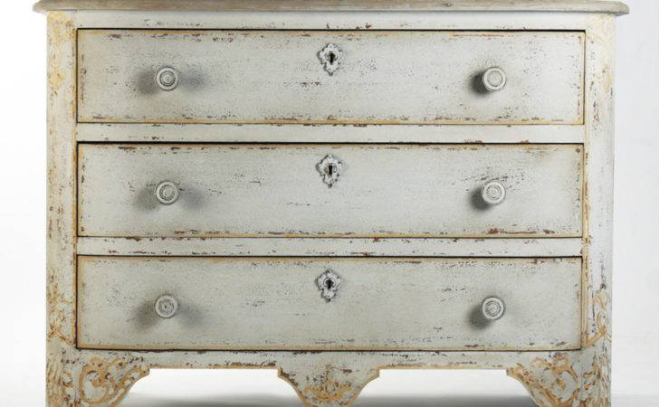 Chic Shabby French Style Distressed Off White Chest