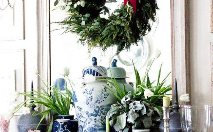 Chinoiserie Chic Easy Holiday Decorating Ideas