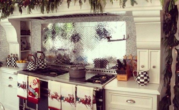 Christmas Kitchen Decor Coziest Year Ideas