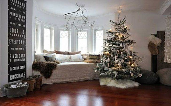Christmas Tree Decorating Ideas Should Take