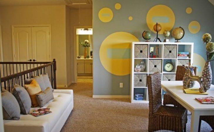 Circles Wall Paint Stick Color