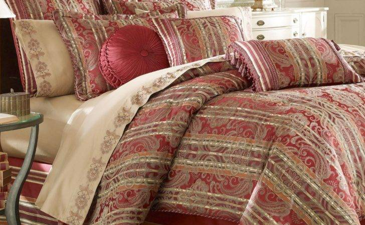 Clearance Touch Class Bedding Manor House Comforter Set