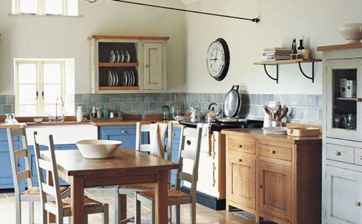 Colourful Country Kitchen Freestanding Ideas