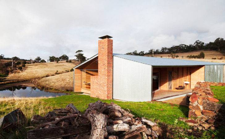 Compact Shearer Quarters Country Home Wins Australia