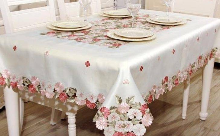 Comtemporary Polyester Country Style Flower Pattern