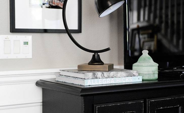 Console Table Decorating Ideas Beautiful Functional