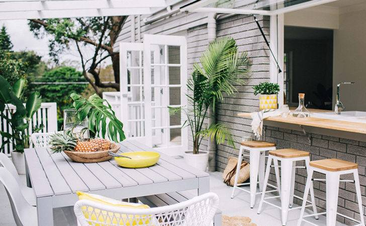 Cool Courtyard Ideas Your Outdoor Area Realestate