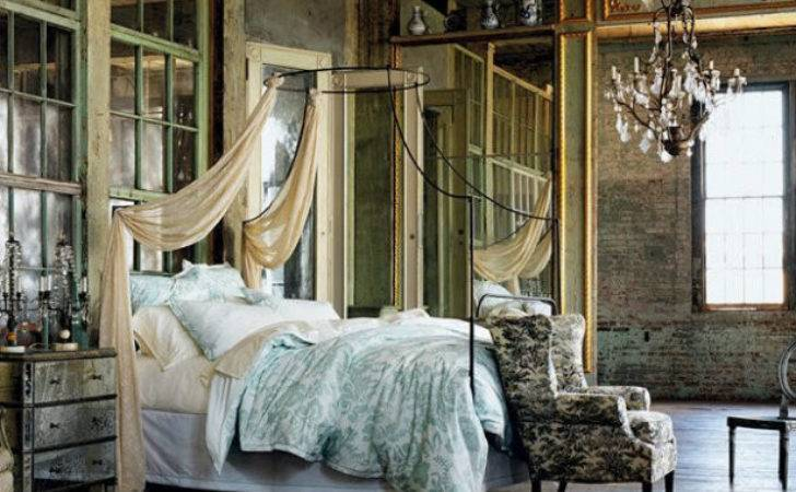 Create Perfect Vintage Industrial Bedroom