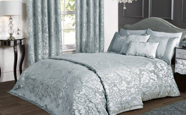 Damask Bedding Those Loved Classic Touches