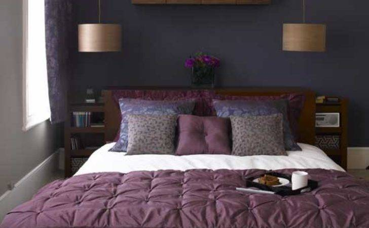 Decorate Small Bedroom Useful Tips
