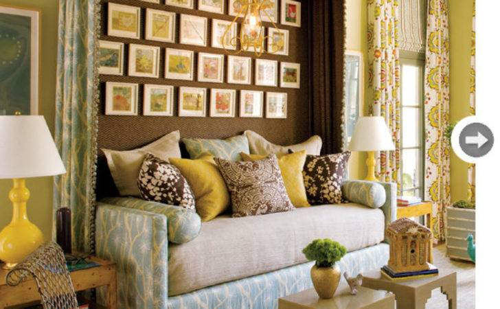 Decorated Daybed Style Home