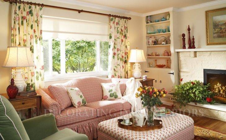 Decorating Solutions Small Spaces Den