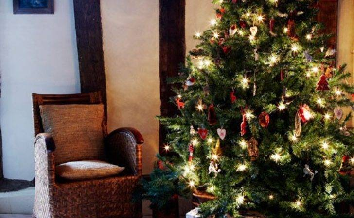 Decorative Christmas Tree Country Cottage