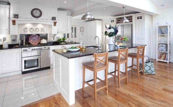Different Types Flooring Can Influence Look