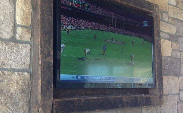 Diy Frame Disguise Your Flat Screen Couponing