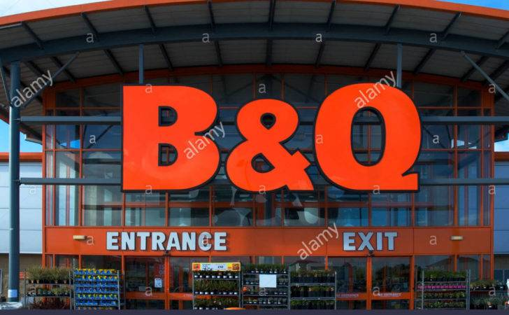 Diy Store Front Sign Near Camborne Cornwall