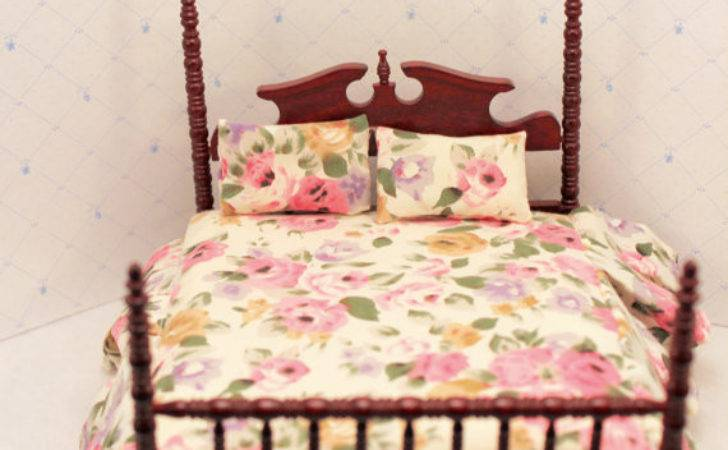 Dollhouse Bed Poster Spindle Pink Floral