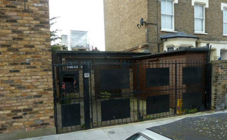 East London Flat Per Month Rent Actually