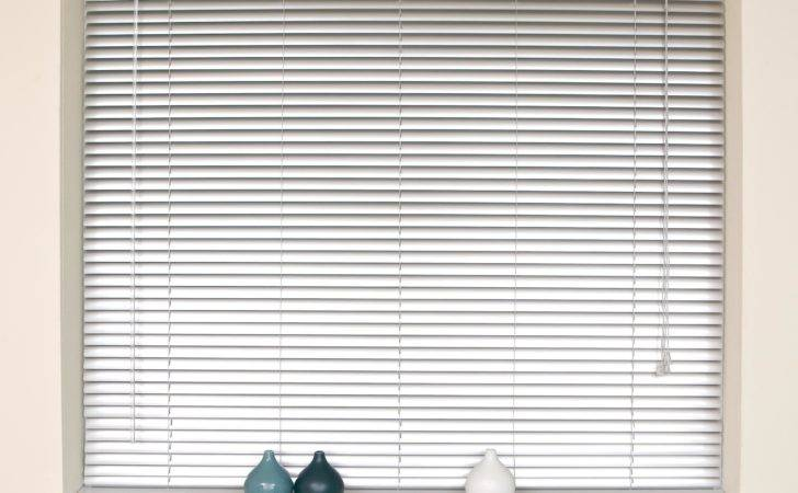 Easy Ways Clean Blinds Home