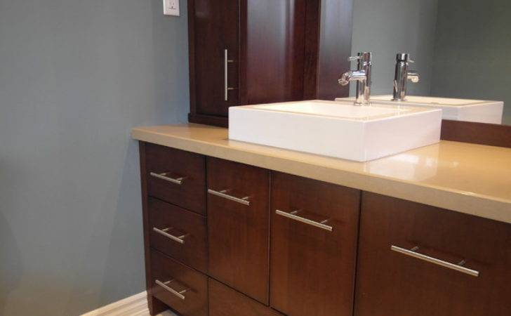 Ensuite Vanity Modern Bathroom