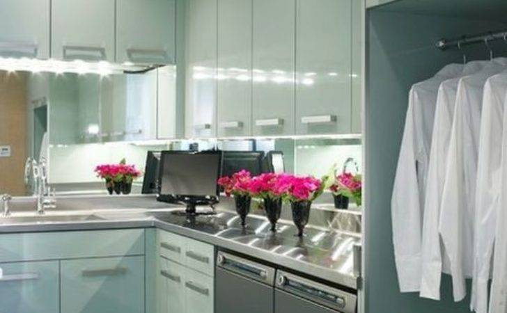 Even Your Laundry Room Can High Gloss