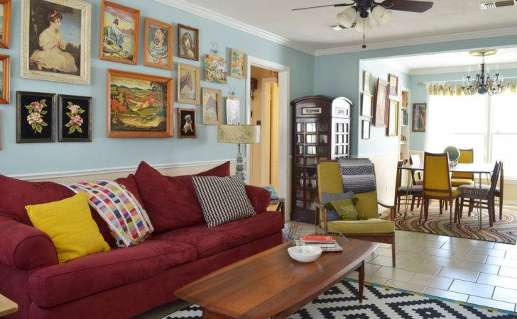 Extensive Leisure Vintage Eclectic Living Room Furniture
