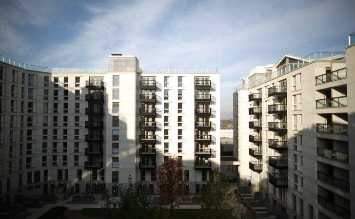 First Residents Move Into London Athletes Village