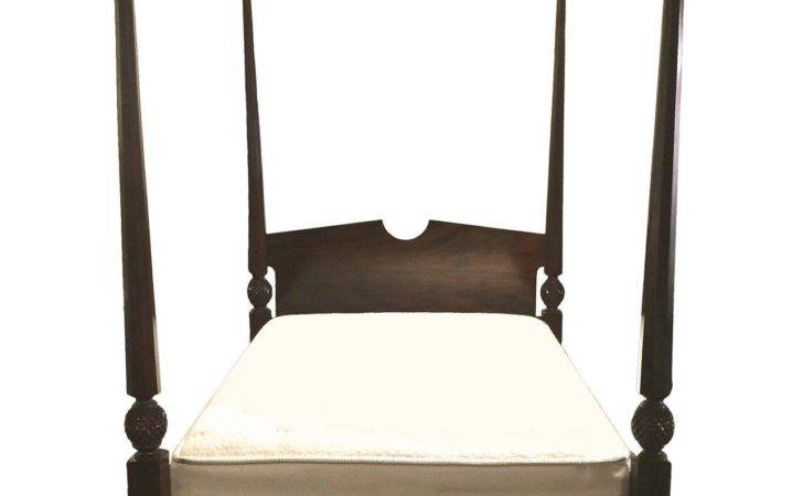 Four Poster Queen Wooden Bed Sale Stdibs