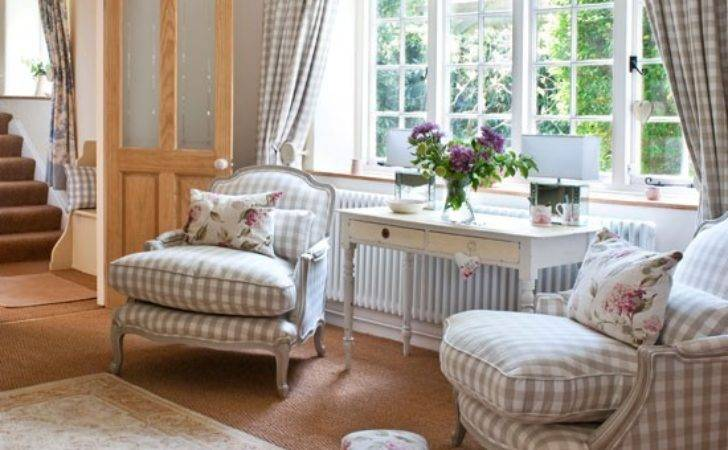 French Style Living Room Summer Ideas