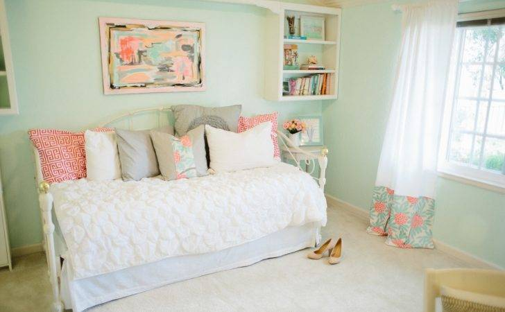 Fresh Mint Green Bedroom Decor Additional House