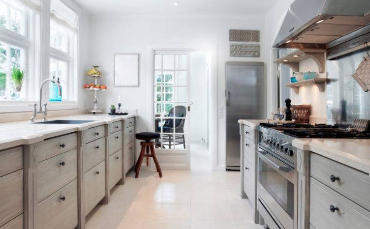 Galley Kitchen Style Commonly Uncommonselect