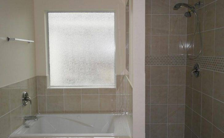 Garden Tubs Shower Bathroom Frosted Glass