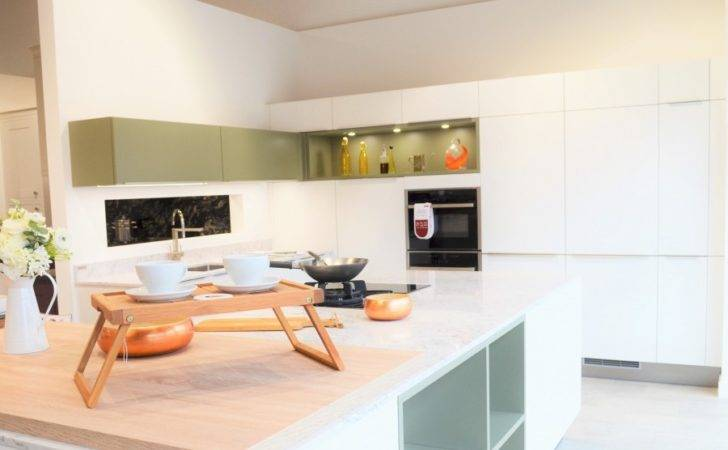 Greenwich Kitchens Fitted Toto