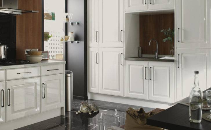 Hadleigh White Gloss Shaker Style Kitchen Contemporary